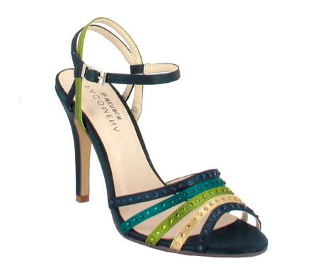 http://www.pacomena.eu/imagenes/coleccion/images/album1/zapatos-fiesta-3b.jpg