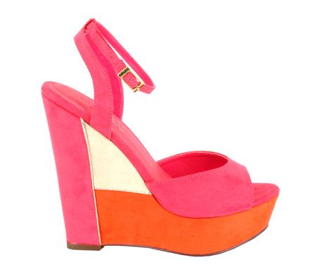 http://www.pacomena.eu/imagenes/coleccion/images/album1/zapatos-fiesta-4a.jpg