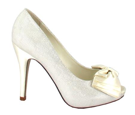 http://www.pacomena.eu/imagenes/coleccion/images/album2/zapatos-novia-2a.jpg