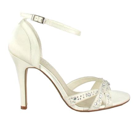 http://www.pacomena.eu/imagenes/coleccion/images/album2/zapatos-novia-5a.jpg