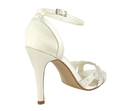 http://www.pacomena.eu/imagenes/coleccion/images/album2/zapatos-novia-5c.jpg