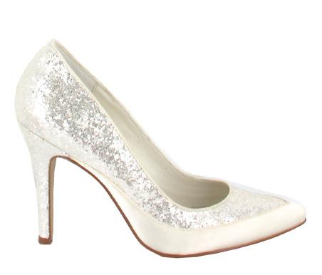 http://www.pacomena.eu/imagenes/coleccion/images/album2/zapatos-novia-6a.jpg