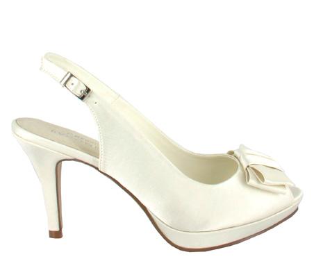 http://www.pacomena.eu/imagenes/coleccion/images/album2/zapatos-novia-7a.jpg