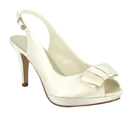 http://www.pacomena.eu/imagenes/coleccion/images/album2/zapatos-novia-7b.jpg