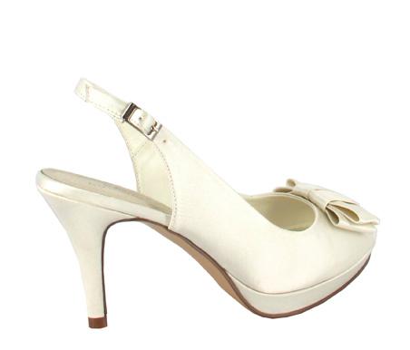 http://www.pacomena.eu/imagenes/coleccion/images/album2/zapatos-novia-7c.jpg